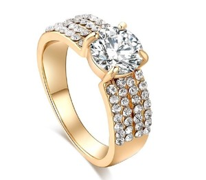 Yellow 14k Gold-plated 1.60 Ctw Sparkling Row Halo Cubic Zirconia Ring
