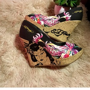 a0b771edc9a Ed Hardy Wedges - Up to 90% off at Tradesy