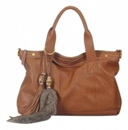 Preload https://item1.tradesy.com/images/cuore-and-pelle-amelia-handbag-rust-leather-shoulder-bag-24795-0-0.jpg?width=440&height=440