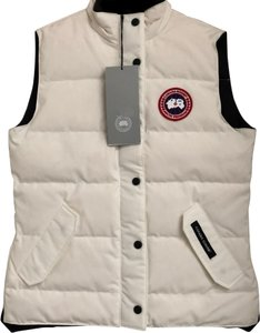 Canada Goose White Women s Freestyle In Large Vest Size 12 (L) - Tradesy 9ae4b26ae