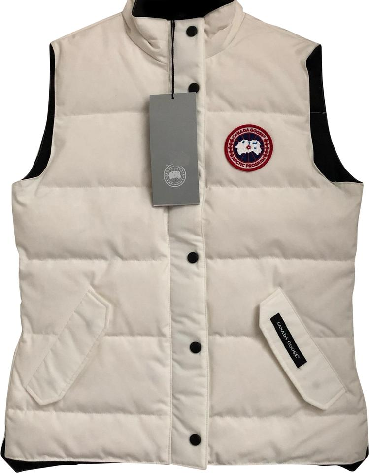 9709ed8d476c Canada Goose White Women s Freestyle In Large Vest Size 12 (L) - Tradesy