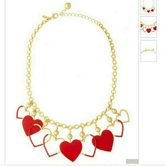 Preload https://img-static.tradesy.com/item/24797051/kate-spade-gold-new-york-red-heart-charm-necklace-0-0-540-540.jpg