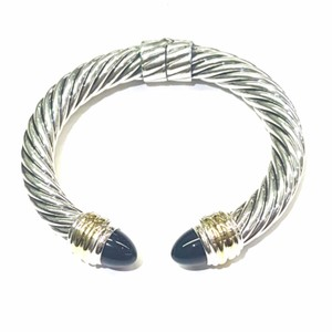 """David Yurman SENSATIONAL!! David Yurman Yellow Gold and Sterling Silver Onyx 10mm Hinged Cable Cuff Bracelet 14k Yellow Gold Sterling Silver Never Worn Onyx Fits up to 7"""" 100% Authentic Guaranteed!! Comes with Original David Yurman Pouch!!"""