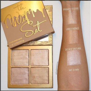 Kylie Cosmetics Kylie Jenner Cosmetics Wet Set Highlighter Palette