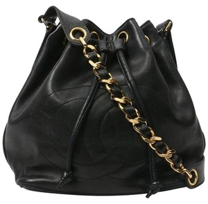a1da59375f2a Chanel Bucket Bags - Up to 70% off at Tradesy