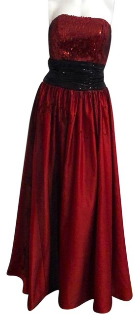 Item - Red Couture Strapless Gown Cocktail/ Party/Formal Long Casual Maxi Dress Size 4 (S)