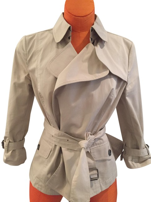 Item - Tan Timeless Cropped Style Coat Size 8 (M)