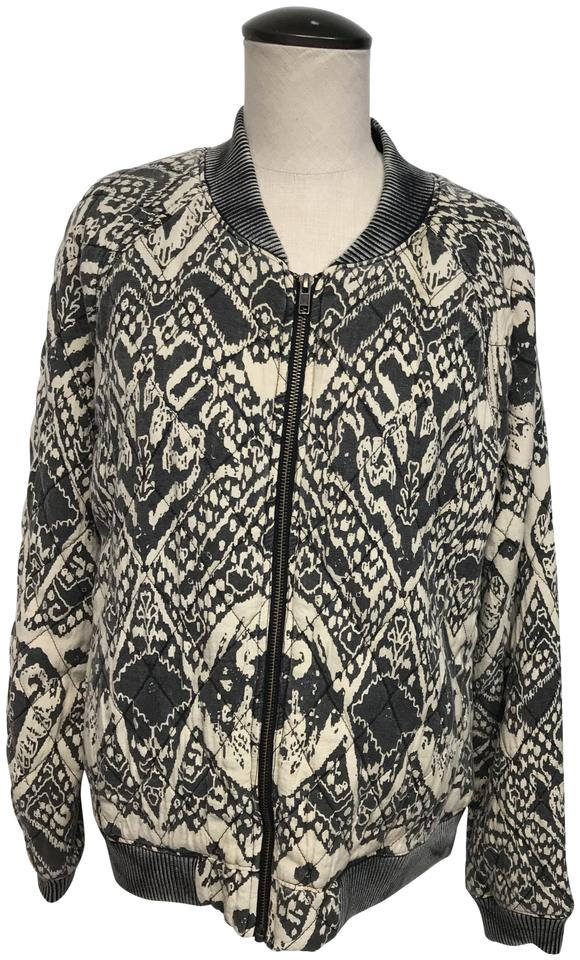 0e7ad05f63d Free People Gray   Tan Zip Front with Pockets Quilted Jacket  Sweatshirt Hoodie