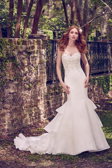 Preload https://img-static.tradesy.com/item/24799264/maggie-sottero-ivorypewter-accent-cameo-organza-quintyn-traditional-wedding-dress-size-8-m-0-0-540-540.jpg