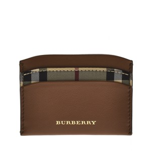 Burberry Wallets - Up to 70% off at Tradesy 03a9fd28ad