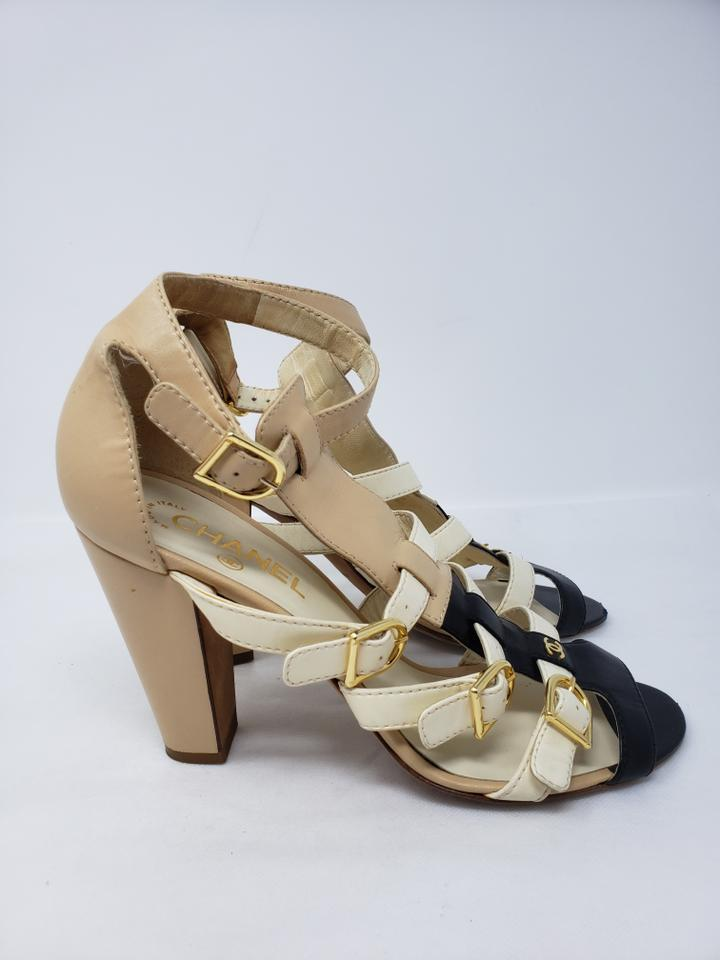 441bf732fee4 Chanel Beige White Leather Cc Logo Cage Sandals Size EU 40 (Approx ...