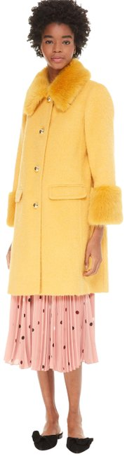 Item - Roasted Maize Fluffy Wool Faux Trim New 2018 Coat Size 6 (S)