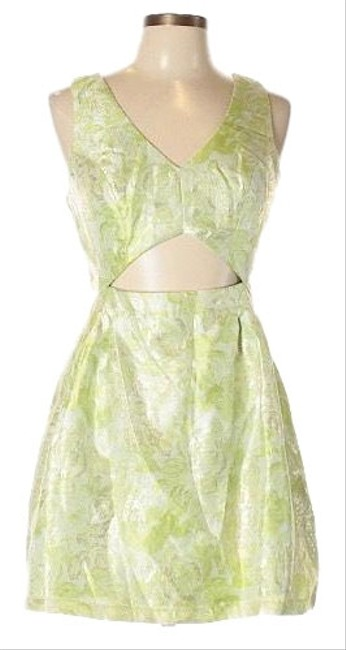 Item - Spring Green On Cream W/Silver Cocktail Cut-out Evening Short Night Out Dress Size 12 (L)
