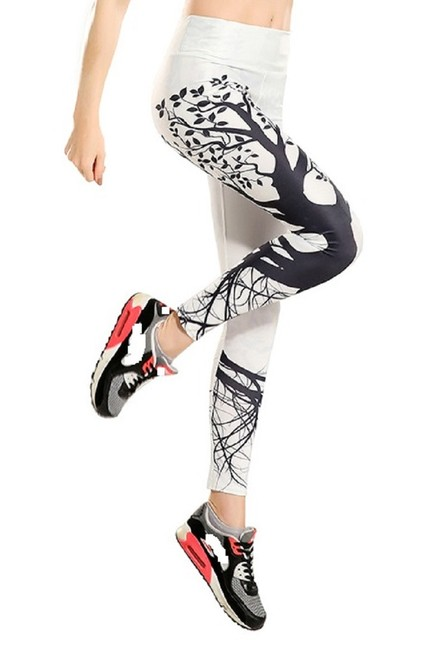 Item - White and Black & Tree Pattern Activewear Bottoms Size 4 (S, 27)