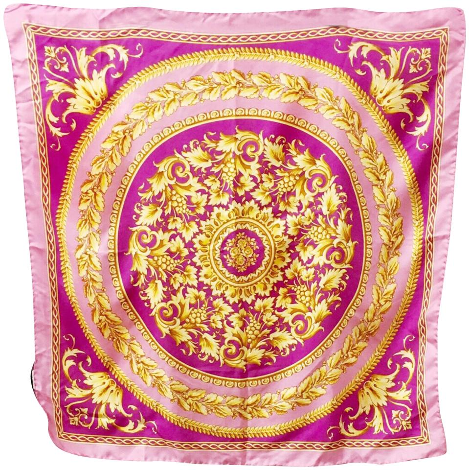 06a9660419 Versace Pink Barocco Print Silk Scarf/Wrap 58% off retail