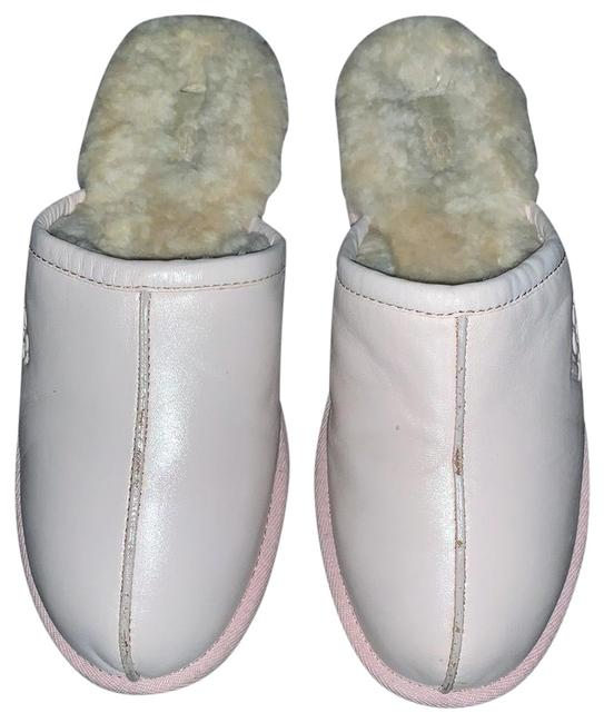 Item - Pale Pink Slippers/ Flats Size US 11 Regular (M, B)