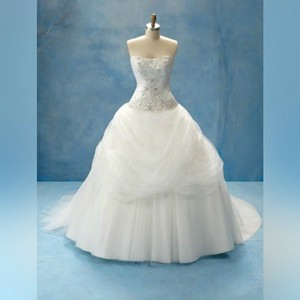 Alfred Angelo Ivory/Metallic Disney Belle - 206 Formal Wedding Dress Size 12 (L)