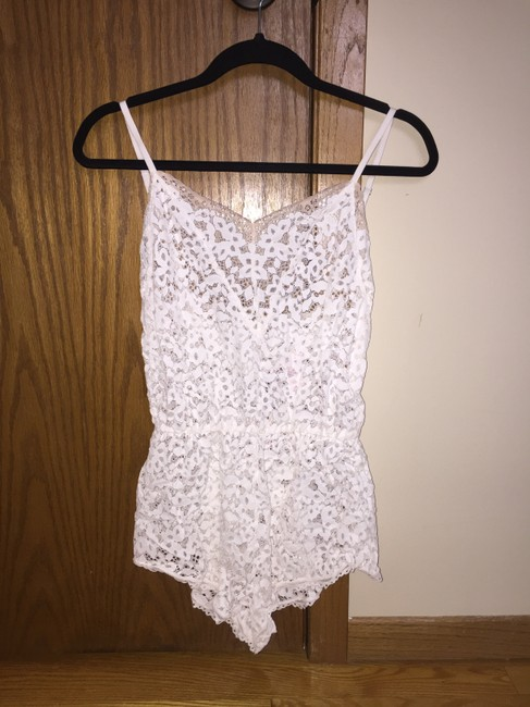 Item - White Lace Romper Other
