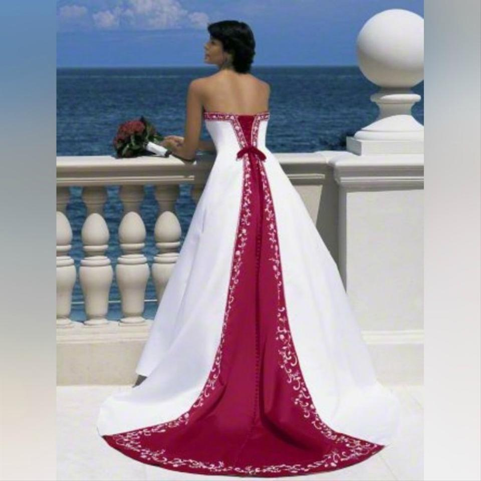 Alfred Angelo Style 205 Cinderella Size 10 Wedding Dress: Alfred Angelo White/Navy Color Inset Backline Signature