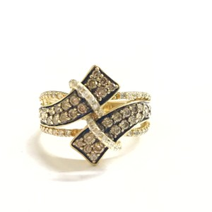 LeVian BEAUTIFUL!! 14 Karat Yellow Gold LeVian Chocolate Diamonds and Diamonds Ring