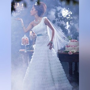 Alfred Angelo Ivory Tiana's Disney Princess - Style 236 Formal Wedding Dress Size 2 (XS)