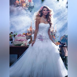 Alfred Angelo White/Dusk Sleeping Beauty's Fairy Tale - Style 238 Formal Wedding Dress Size 2 (XS)