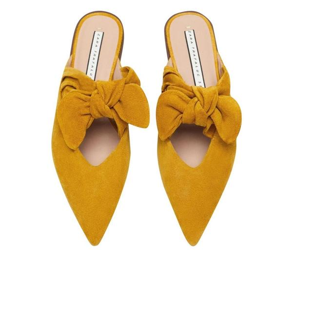 Item - Mustard New Cow Leather with Bow Mules/Slides Size US 8 Regular (M, B)