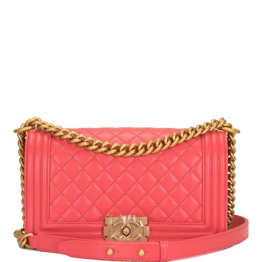 Preload https://img-static.tradesy.com/item/24811990/chanel-boy-coral-quilted-caviar-medium-pink-leather-cross-body-bag-0-0-540-540.jpg