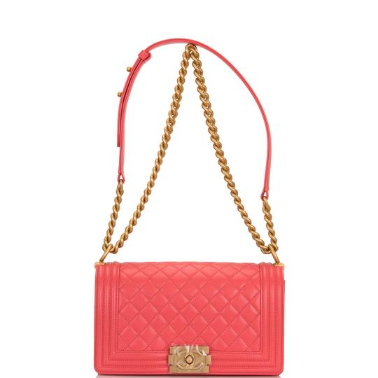 Chanel Cross Body Bag Image 4