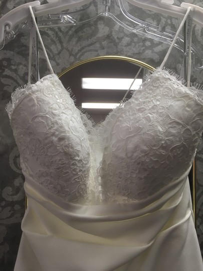 Alfred Angelo Ivory With Alenon Lace Bodice - Style 601 Destination Wedding Dress Size 4 (S) Image 3