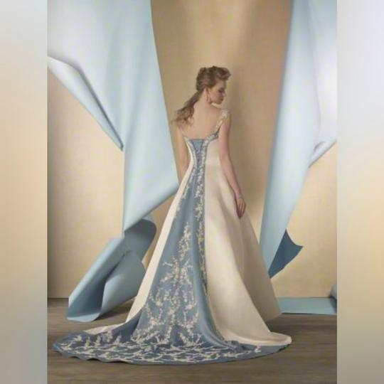 Alfred Angelo Ivory/Once Upon A Time Dream In Color Designer Bridal Gown - Style 2447 Formal Wedding Dress Size 6 (S) Image 2