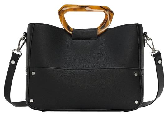 Preload https://img-static.tradesy.com/item/24812251/zara-new-shopper-with-elegant-handles-black-tote-0-1-540-540.jpg