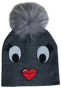 b08e66e136b Grey Other Hats - Up to 70% off at Tradesy