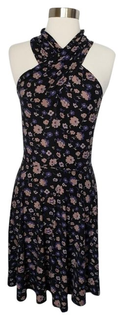 Preload https://img-static.tradesy.com/item/24812386/free-people-floral-criss-cross-swingy-short-casual-dress-size-4-s-0-1-650-650.jpg