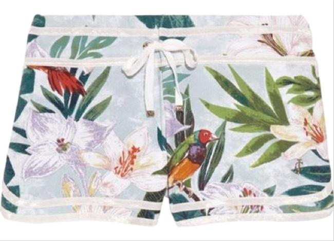 Preload https://img-static.tradesy.com/item/24812432/juicy-couture-tropical-print-cotton-blend-jersey-shorts-size-12-l-32-33-0-2-650-650.jpg