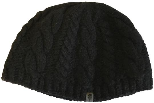 Preload https://img-static.tradesy.com/item/24812857/the-north-face-black-knitted-beanie-with-fleece-interior-headband-size-l-hat-0-1-540-540.jpg