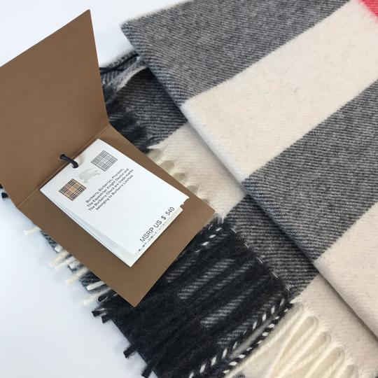 Burberry The Large Classic Cashmere Scarf in Mega Check Image 4