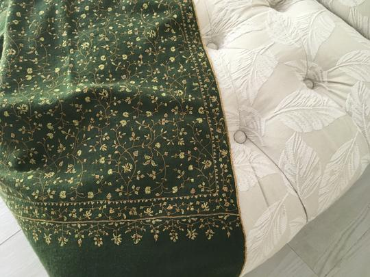 Handmade Cashmere Pashmina with Floral Design Image 1
