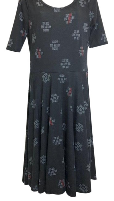 Preload https://img-static.tradesy.com/item/24813154/lularoe-black-nicole-short-casual-dress-size-12-l-0-1-650-650.jpg
