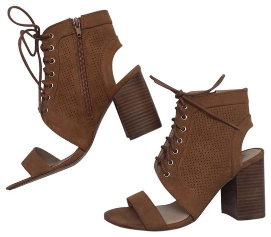 Preload https://img-static.tradesy.com/item/24813213/steve-madden-suede-cut-out-bootsbooties-size-us-8-regular-m-b-0-1-540-540.jpg