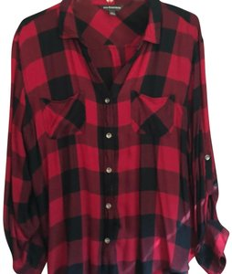 Rock & Republic Button Down Shirt red and black