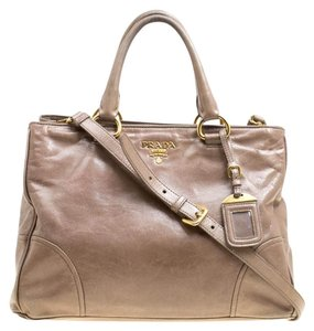 Beige Prada Bags - Up to 90% off at Tradesy 945a77c2d193e