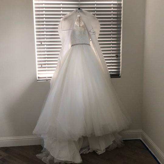 Allure Bridals Ivory Tulle and Lace (9162) Ball Gown Formal Wedding Dress Size 2 (XS) Image 5