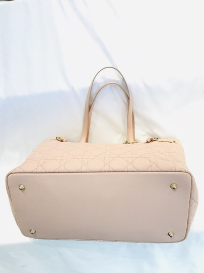 Dior Tote in pink Image 1