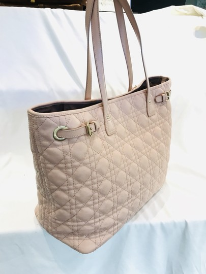 Dior Tote in pink Image 2