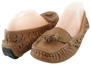 Taryn Rose Driver Loafers Wheat Flats