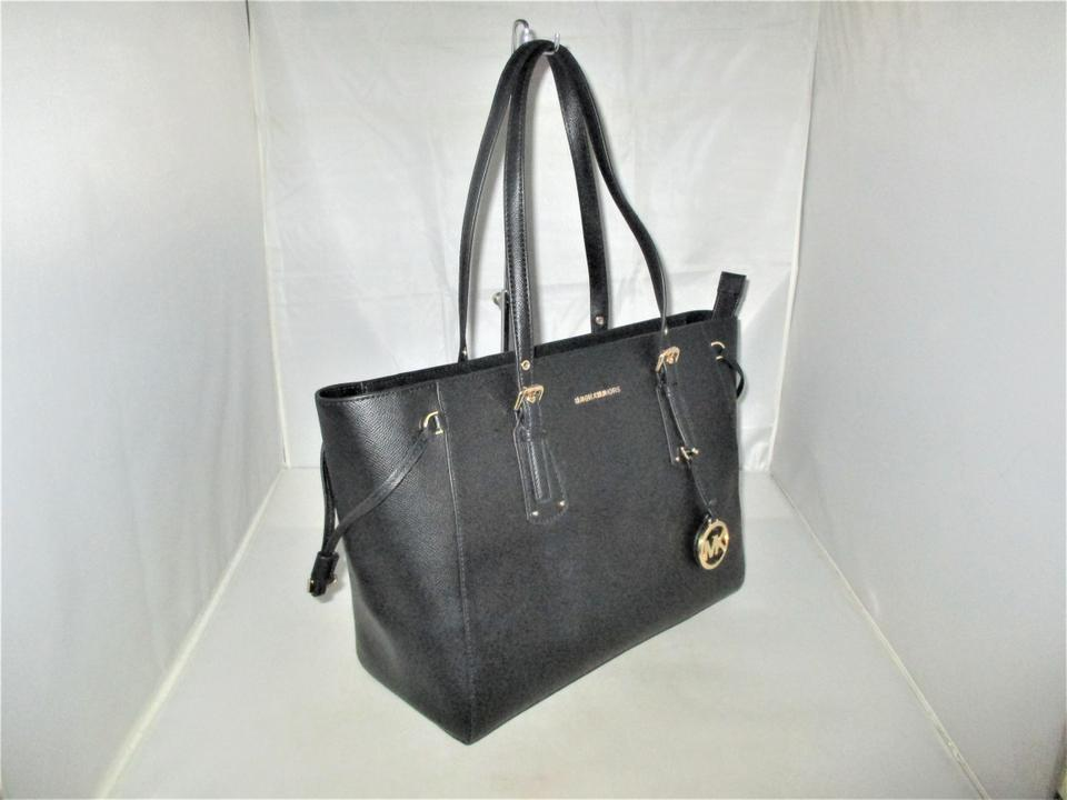 7fc9e826250 Michael Kors Voyager Medium Top Zip Tote Satchel Black Crossgrain Leather  Shoulder Bag 46% off retail
