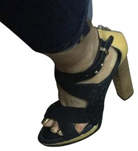 0c0bed0cfcbb Women s Yellow BCBGMAXAZRIA Shoes - Up to 90% off at Tradesy
