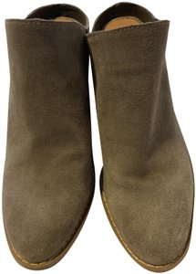 Dolce Vita Grey suede Boots