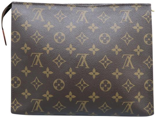 Preload https://img-static.tradesy.com/item/24817034/louis-vuitton-brown-monogram-toiletry-26-pouch-canvas-clutch-cosmetic-bag-0-1-540-540.jpg